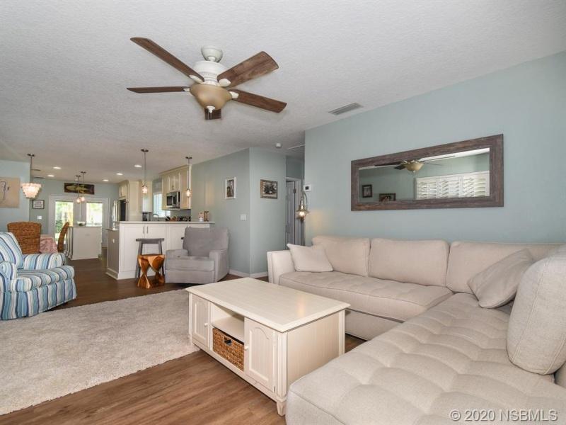832 E 9th Avenue, New Smyrna Beach, Florida 32169, 3 Bedrooms Bedrooms, ,2 BathroomsBathrooms,Single Family,Sold,832 E 9th Avenue,1012